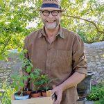 Hobbygärtner Jürgen Süß-Leonhardt aus Westhofen besitzt einen 1.000 Quadratmeter großen Barockgarten.