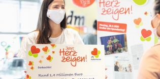 HelferHerzen ist die dm-Initiative, die engagierte Menschen würdigt und ihnen eine Plattform schenkt. Foto dm/Sebastian Heck