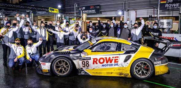 Rowe Racing gewinnt als erstes Team weltweit beide europäischen 24h-Rennen. Foto: Gruppe C GmbH