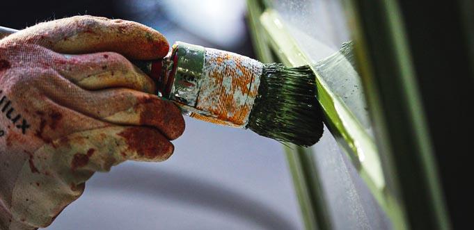 Maler und Lackierer sind auch in Pandemiezeiten stark gefragt. Jetzt sollen sie mehr Geld bekommen, fordert die IG BAU. Foto: IG Bau