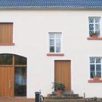 …das gleiche Gebäude – nach Sanierung jetzt ein Niedrigenergiehaus. Fotos: VZ RLP/ Bernhard Andre