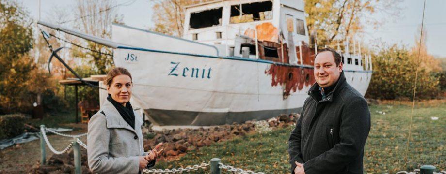 Die Landtagsabgeordnete Stephanie Lohr und Ortsvorsteher Björn Krämer Foto: Maria Hansen