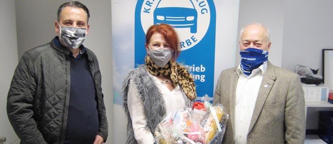 Christian Höhne, Karin Wechsler-Temlak und Manfred Baier bei der kleinen Verabschiedungsfeier (von links).