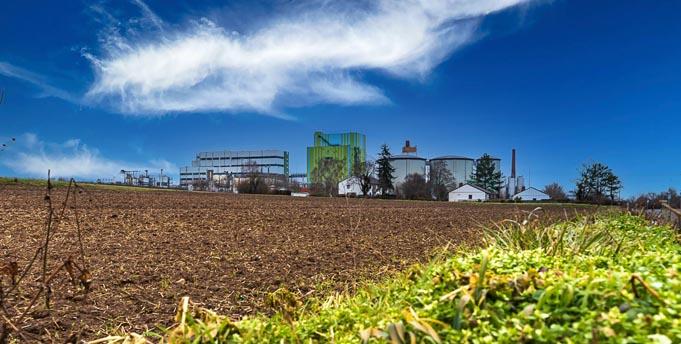 Gelände und Anlagen in Offstein von der Rückseite aus gesehen. Foto: Michael Fischer