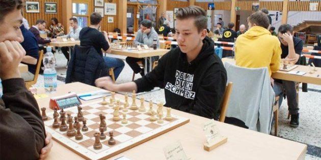 Das Archivbild zeigt den Turniersieger und Fidemeister Pascal Karsay.