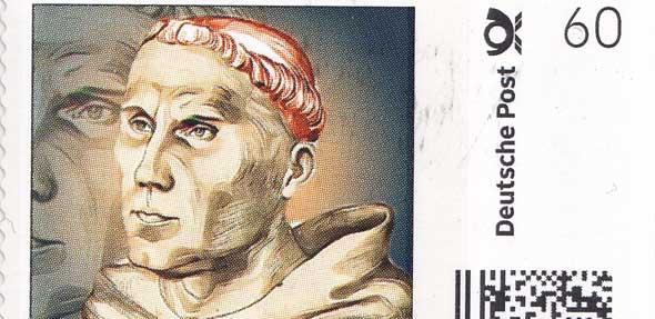 """Die drei """"Luthermarken"""" des Briefmarkensammlervereines Worms sind am Samstag am Eingang des Wormser Theaters erhältlich."""