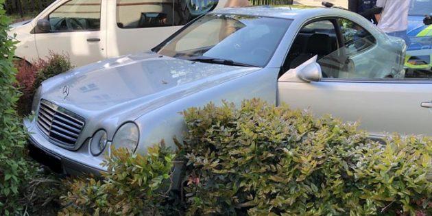 Das Fahrzeug nach der Flucht. Foto: Polizei