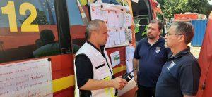 und 150 Einsatzkräfte der Feuerwehren aus dem Landkreis Alzey-Worms die Rettungs- und Aufräumarbeiten vor Ort in Ahrweiler.