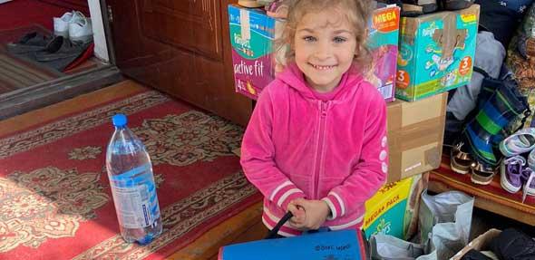 Strahlende Kinderaugen: Die Spenden der AWO Hamm sind gut in der Ukraine angekommen.